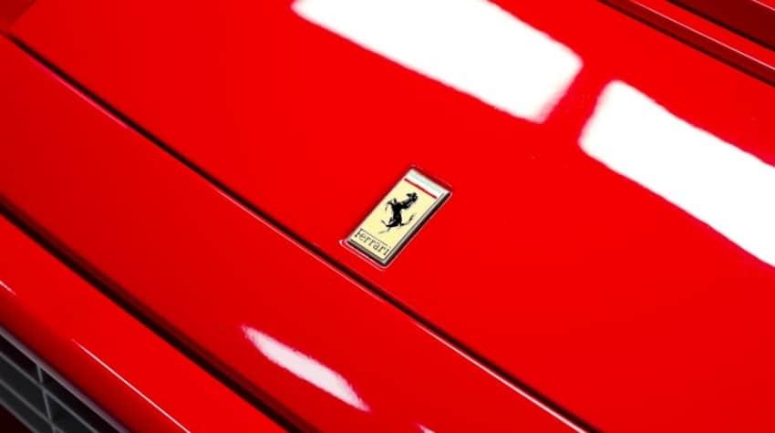 Logo voiture de luxe Ferrari